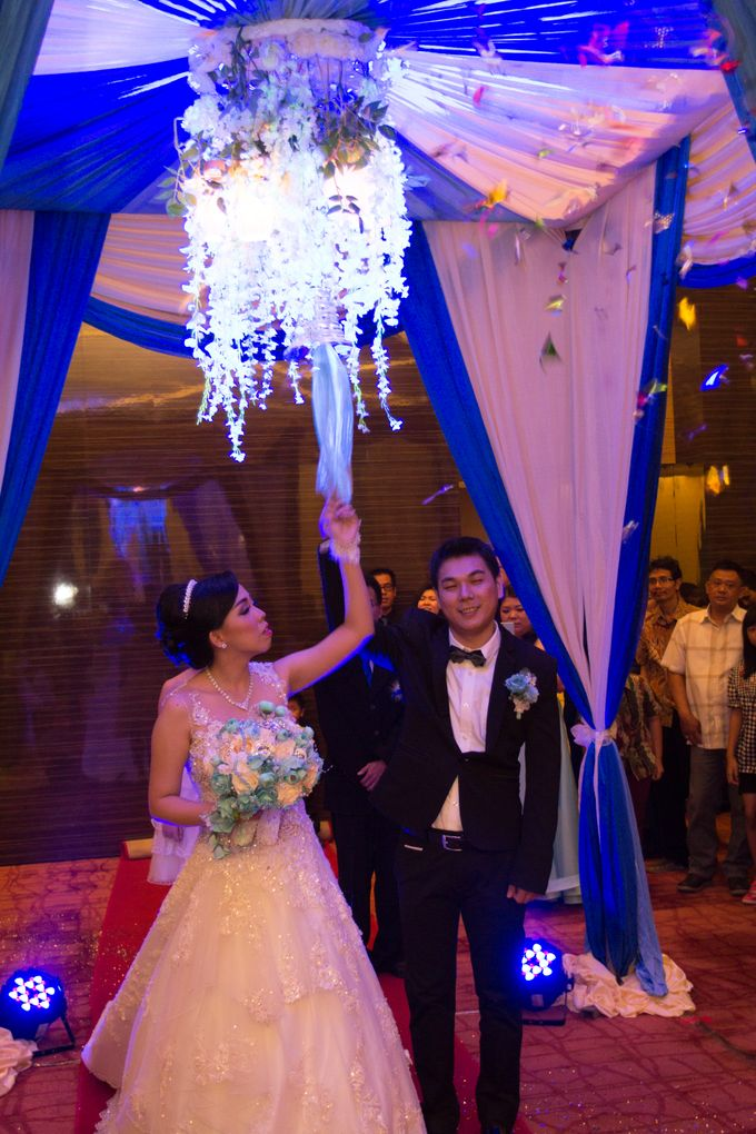 Blue - White Wedding by Menara Top Food Alam Sutera - 003