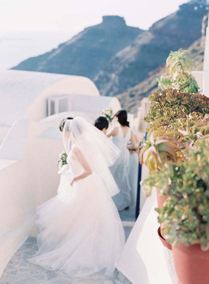 Classic and Beautiful Olive Green and Sea Blue Wedding in Santorini, Greece by Jen Huang Photo - 040