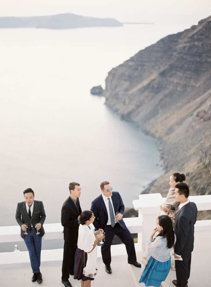 Classic and Beautiful Olive Green and Sea Blue Wedding in Santorini, Greece by Jen Huang Photo - 020