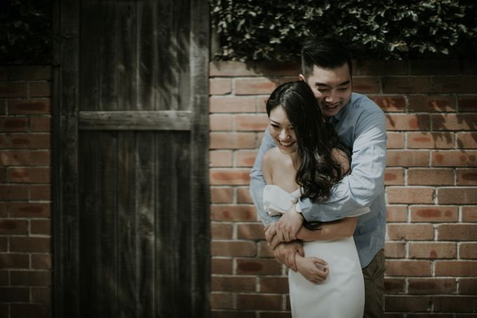 Jimmy & Sylvia Sydney Engagement Session by Calia Photography - 021