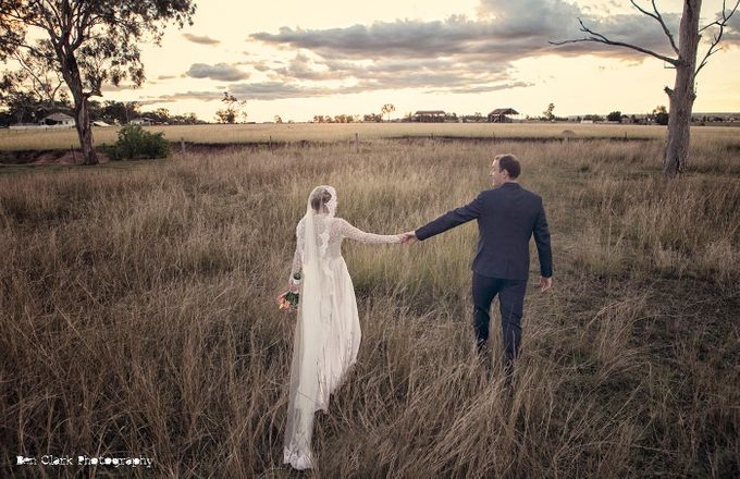 Vintage Country Wedding by Ben Clark Photography - 007