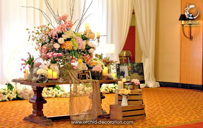 Magnificent Moment by Orchid Florist and Decoration - 001