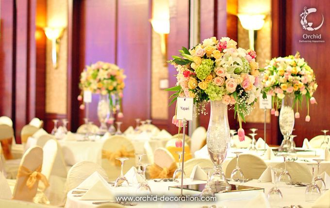 Magnificent Moment by Orchid Florist and Decoration - 004