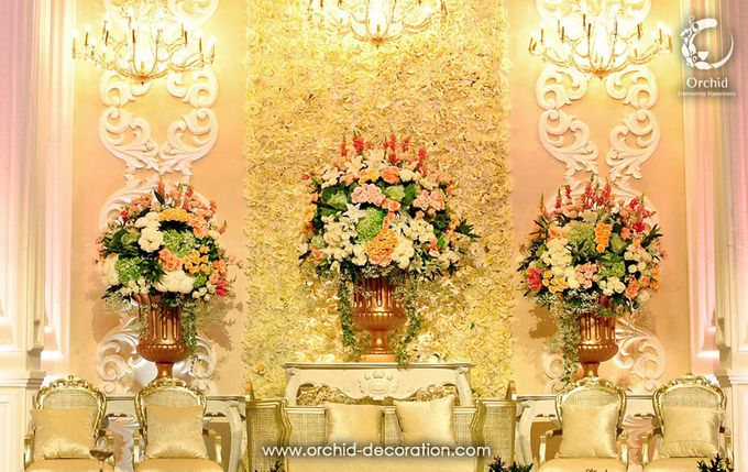 Magnificent Moment by Orchid Florist and Decoration - 005