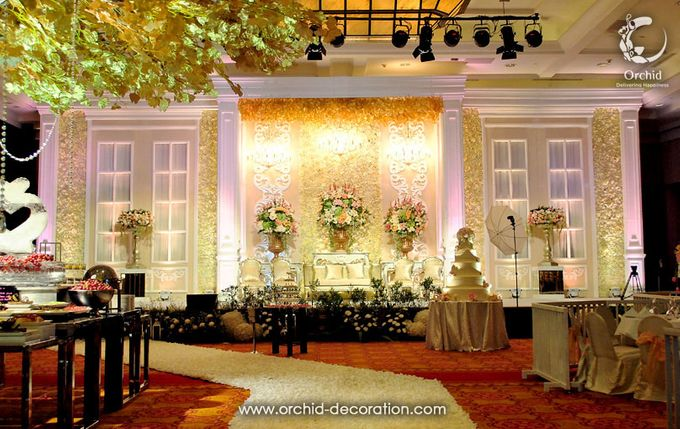 Magnificent Moment by Orchid Florist and Decoration - 006