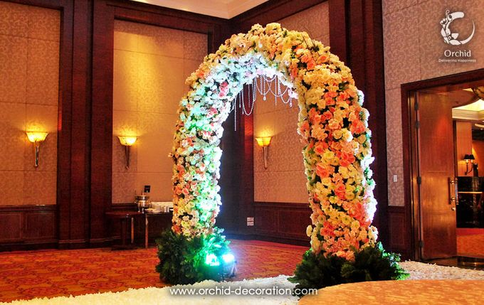 Magnificent Moment by Orchid Florist and Decoration - 007
