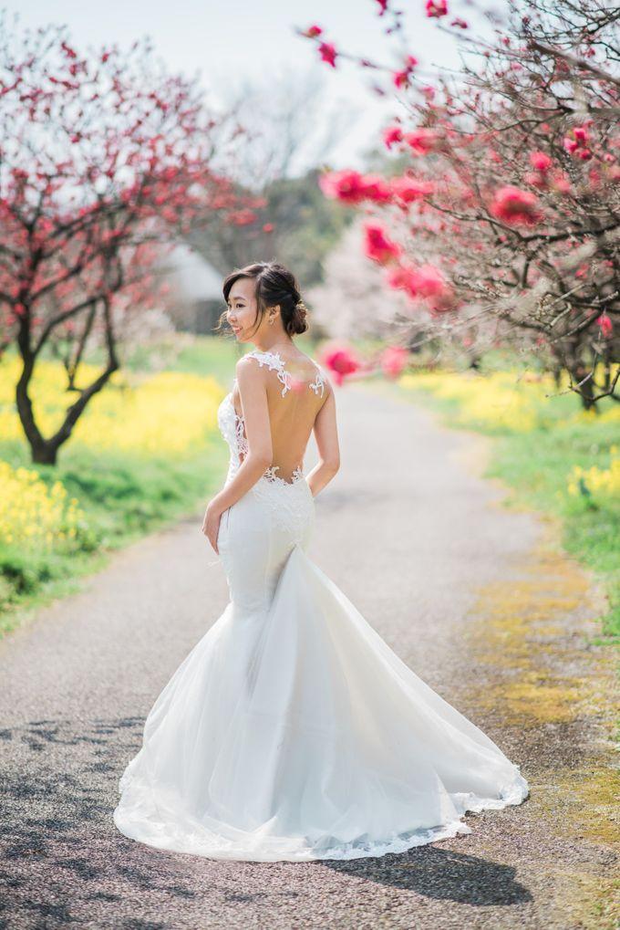 Bareback Mermaid wedding dress by Kelly's Bridals - 010