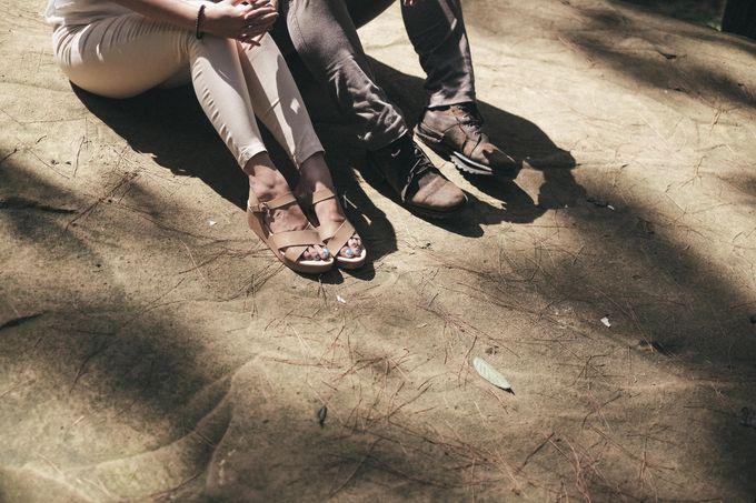 Selvy & Hanito Prewedding Shoot by Kenang Design - 005