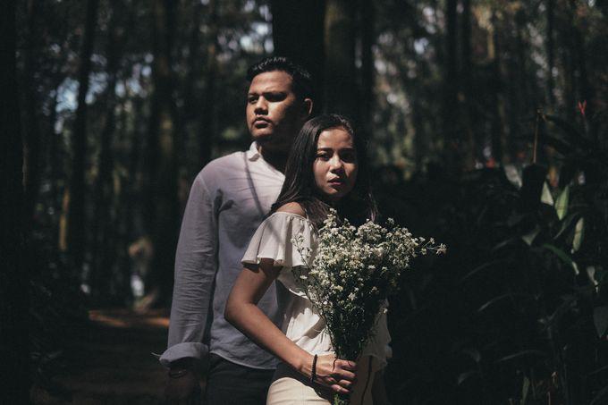 Selvy & Hanito Prewedding Shoot by Kenang Design - 020