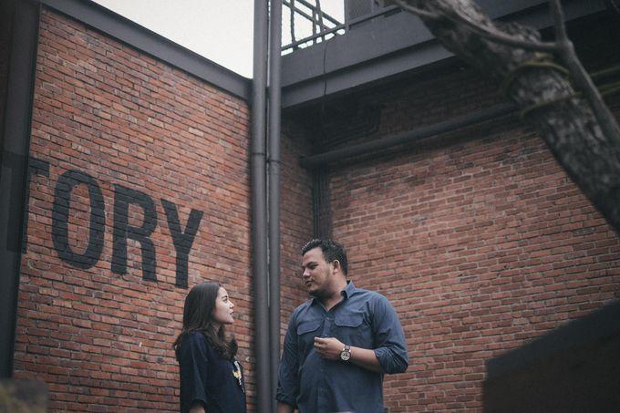 Selvy & Hanito Prewedding Shoot by Kenang Design - 029