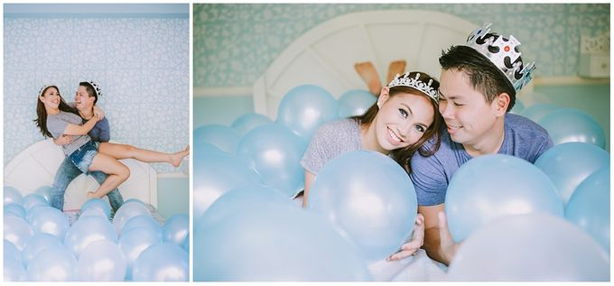 Crowns and balloons  Kraig and Queenie by Shutterfairy Photo - 033