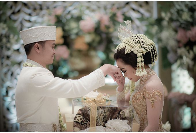 Aldy & Karina Wedding by Reynard Karman Photography - 022