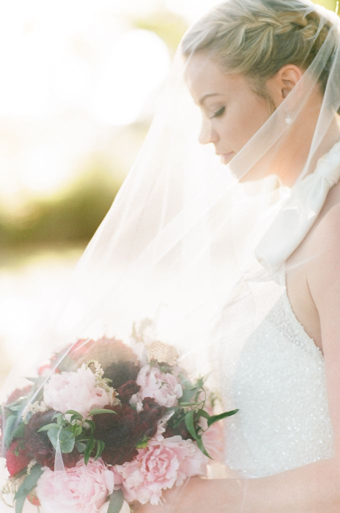 Elegant Country Club Black Tie Wedding by Lilli Kad Photography - 002