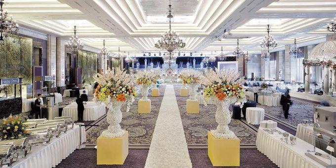 Wedding at Kempinski Grand Ballroom - Hotel Indonesia Kempinski Jakarta by Hotel Indonesia Kempinski Jakarta - 023
