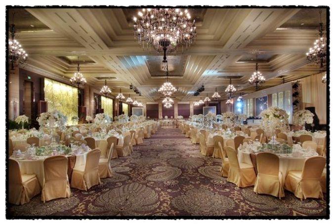 Wedding at Kempinski Grand Ballroom - Hotel Indonesia Kempinski Jakarta by Hotel Indonesia Kempinski Jakarta - 018