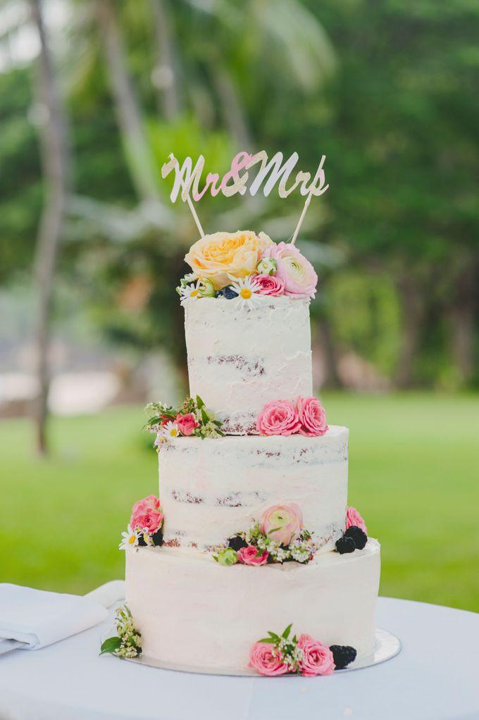 Lush Tropical Garden Wedding by Chere Weddings & Parties - 015