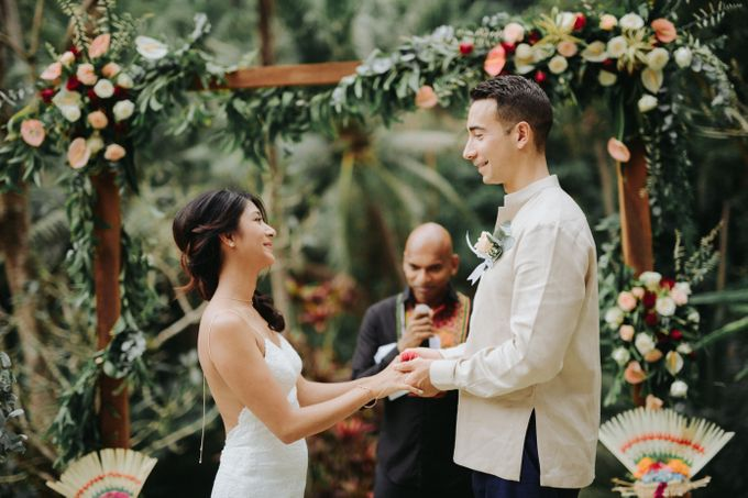 Ubud Wedding of Kim and Mike by Terralogical - 011