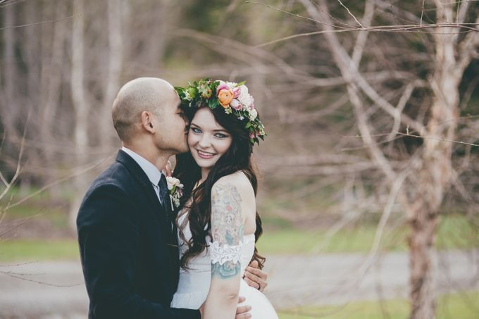 Our amazing garden elopement. by Ginger Lily & Rose Floral Studio - 014