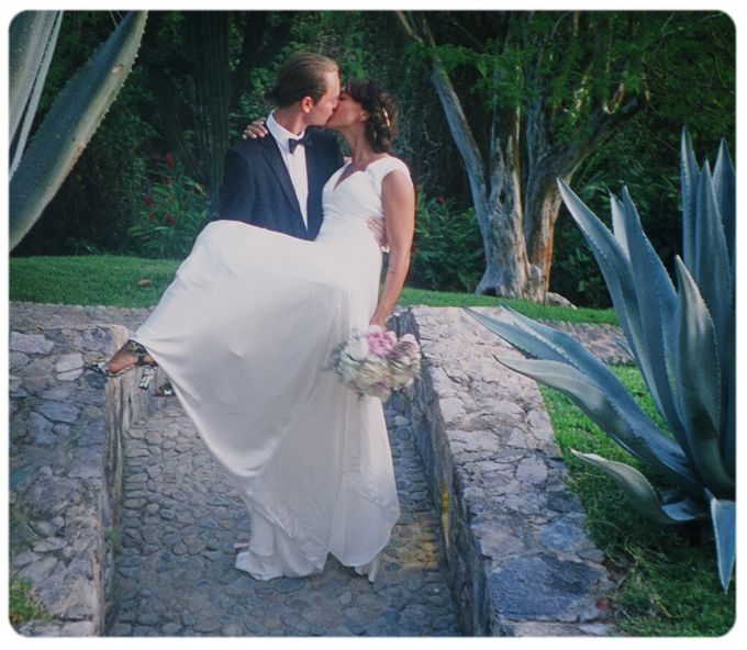 Wedding in a costal getaway in Mexico by Stereo Photo Album - 002
