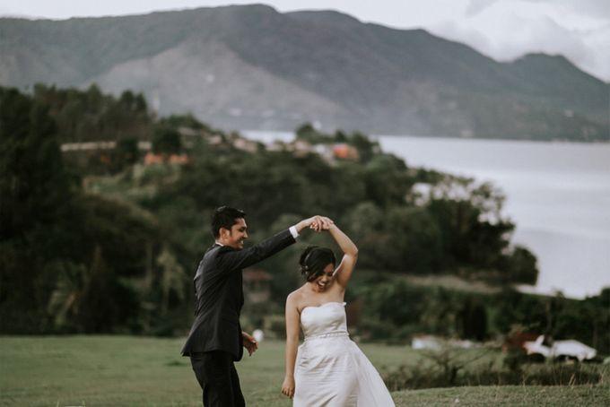 SARAH & LAMBOK  SAMOSIR ISLAND TOBA LAKE by Jivo Huseri Film - 003
