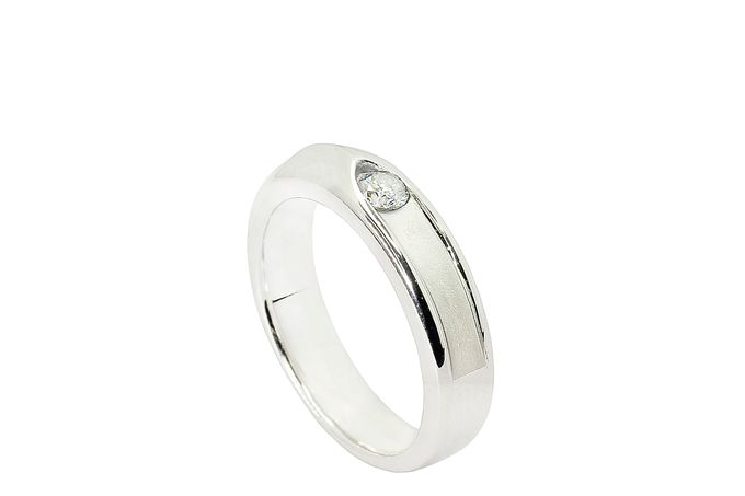wedding ring by Lino and Sons - 018