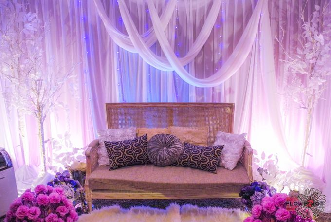 Lightings & Colours by FlowerRiot Events SG - 001