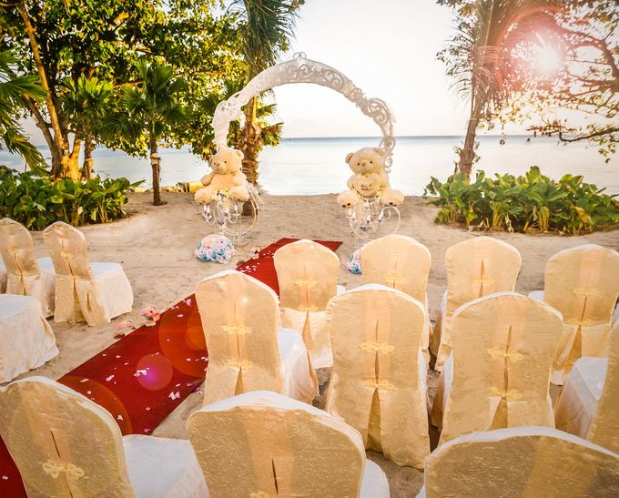 Beach Wedding Setup at Lexis Suites Penang by Lexis Suites Penang - 002