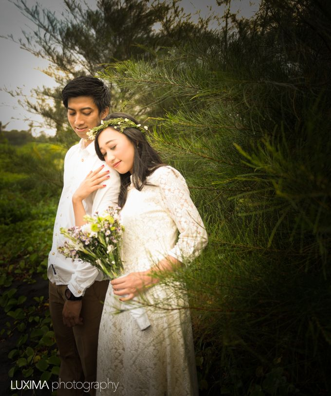 Firly & Asik prewedding photo session by Luxima Photography - 004