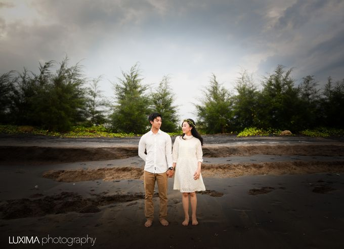 Firly & Asik prewedding photo session by Luxima Photography - 005