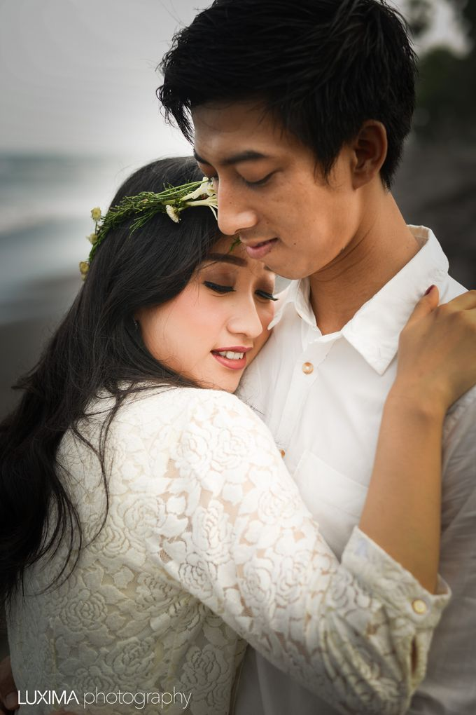 Firly & Asik prewedding photo session by Luxima Photography - 006