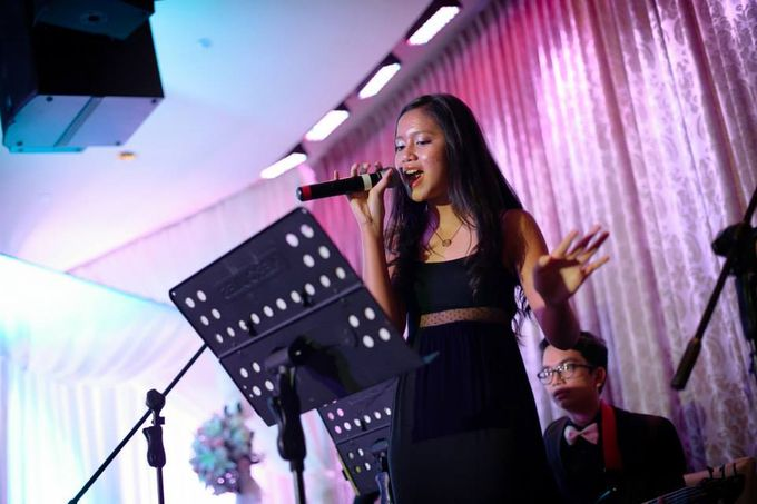 Disney Songs in Orchestra Style in Fullerton Hotel Singapore - Yohanes Bahari & Yohanna Stephanie Wedding by Ring of Blessings - 004