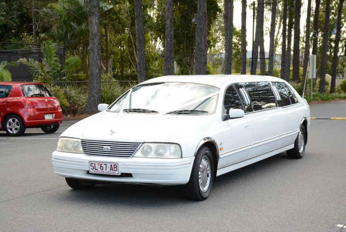 Stretch Limousines by Tic Tac Tours & Premier Limousines - 016