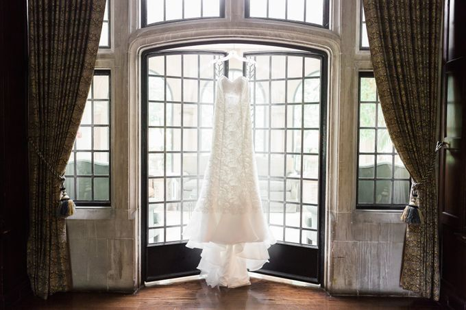 A Beautiful Estates of Sunnybrook Wedding in Toronto - Liz and Jin by Samantha Ong Photography - 003