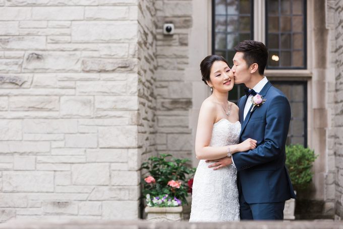 A Beautiful Estates of Sunnybrook Wedding in Toronto - Liz and Jin by Samantha Ong Photography - 007