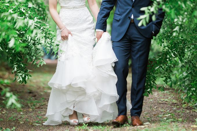 A Beautiful Estates of Sunnybrook Wedding in Toronto - Liz and Jin by Samantha Ong Photography - 010