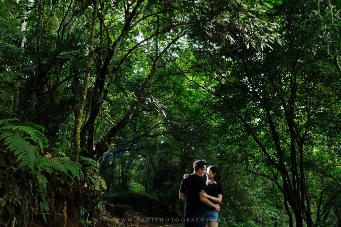 Lombok Prewedding of Adriel and Amy by PadiPhotography - 025