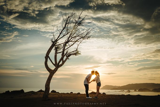 Lombok Prewedding of Adriel and Amy by PadiPhotography - 030