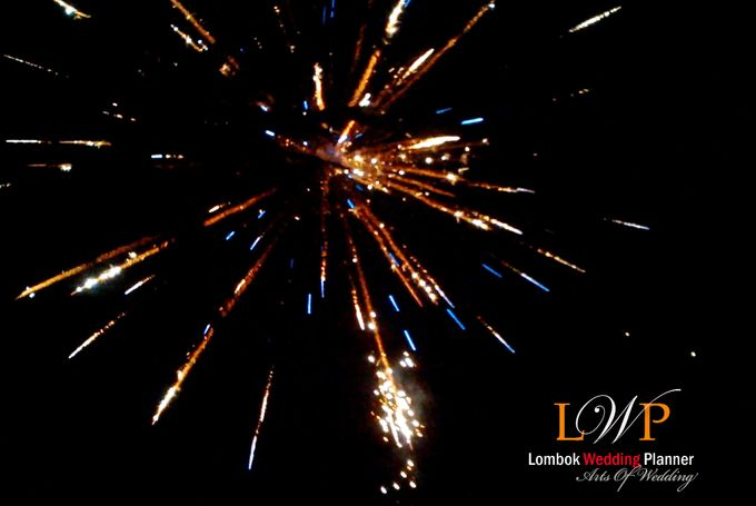 Firework In Lombok by lombok wedding planner - 006