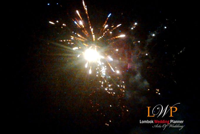 Firework In Lombok by lombok wedding planner - 008