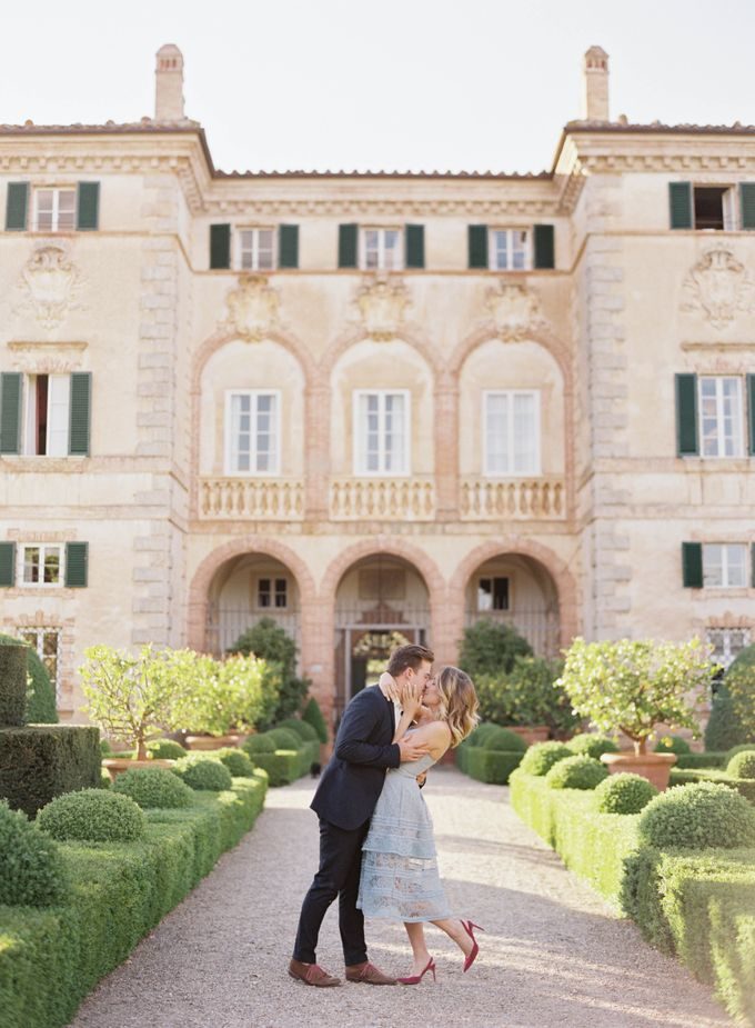 Srping Villa Cetinale Engagement Shoot by Jen Huang Photo - 006