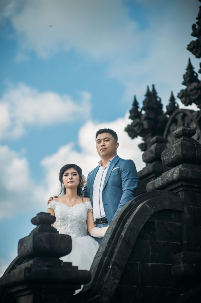 Lovely Chinese Couple by Mariyasa - 006