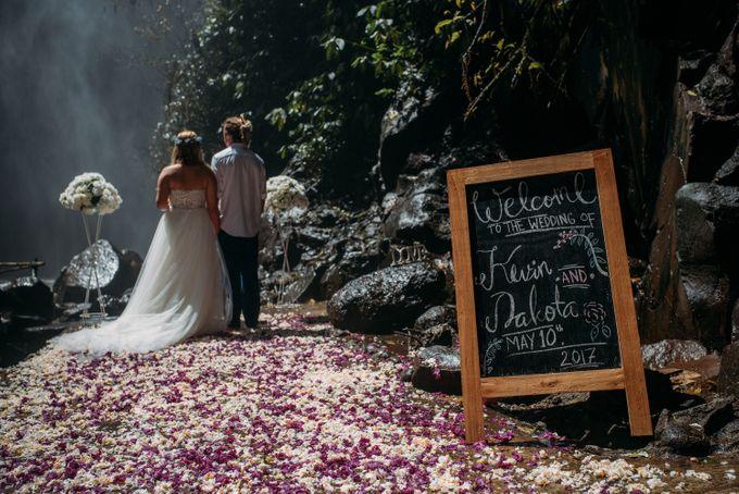 Waterfall American Wedding by Mariyasa - 002