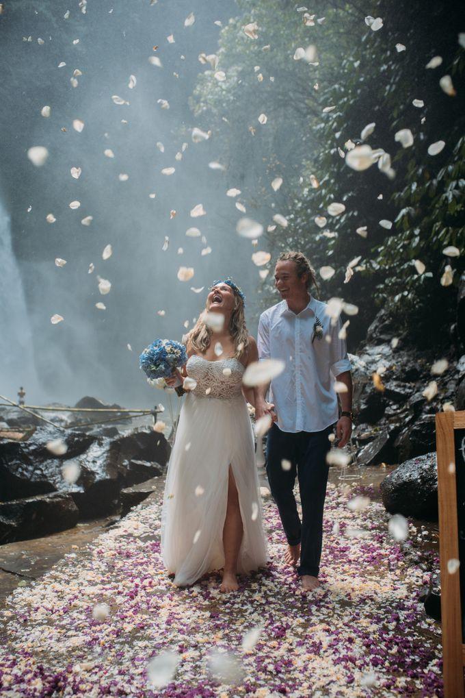 Waterfall American Wedding by Mariyasa - 005