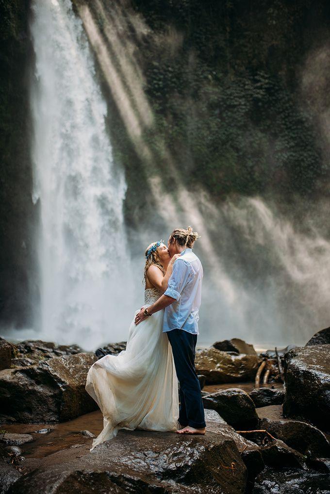 Waterfall American Wedding by Mariyasa - 007