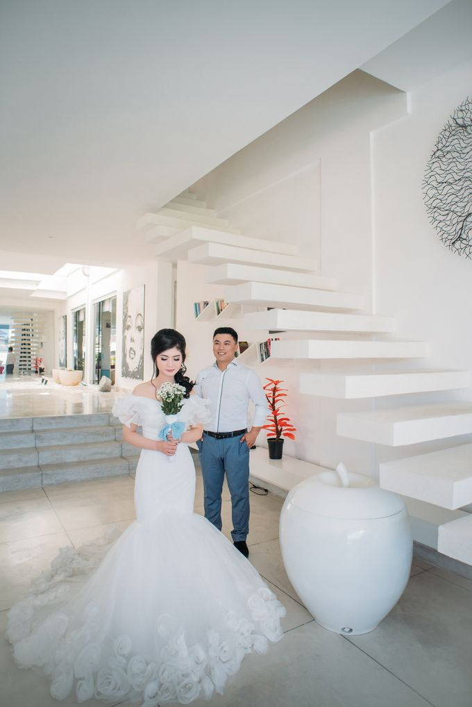 Lovely Chinese Couple by Mariyasa - 003
