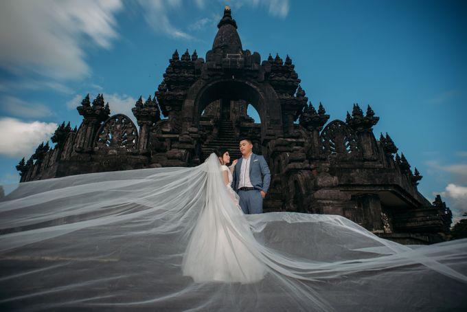 Lovely Chinese Couple by Mariyasa - 004