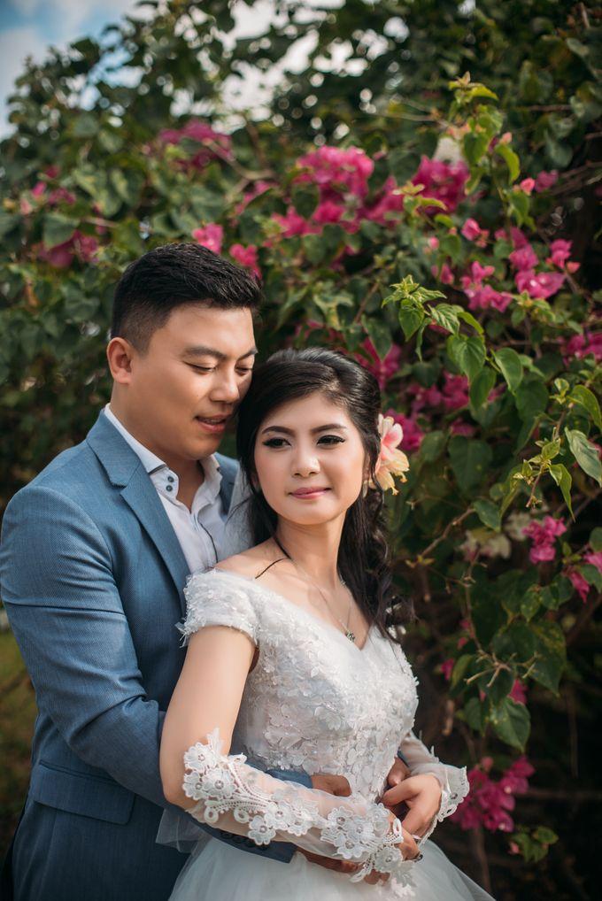 Lovely Chinese Couple by Mariyasa - 005