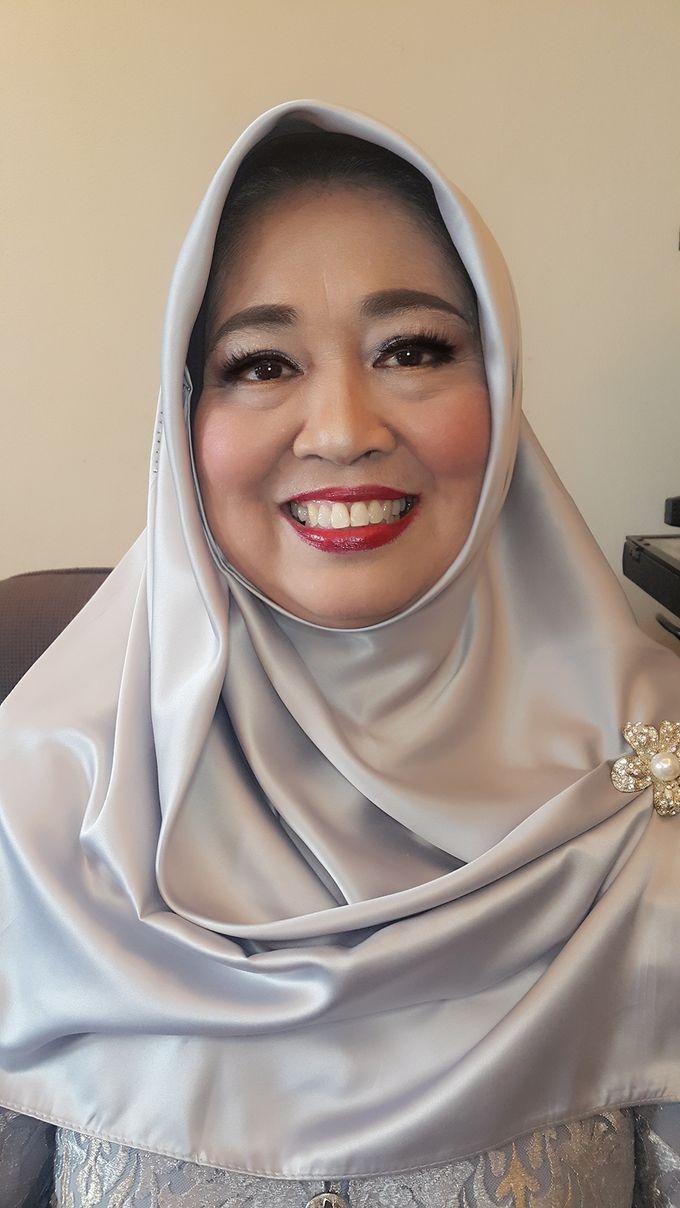 Mom Makeup by Kwin Makeup Artist - 003