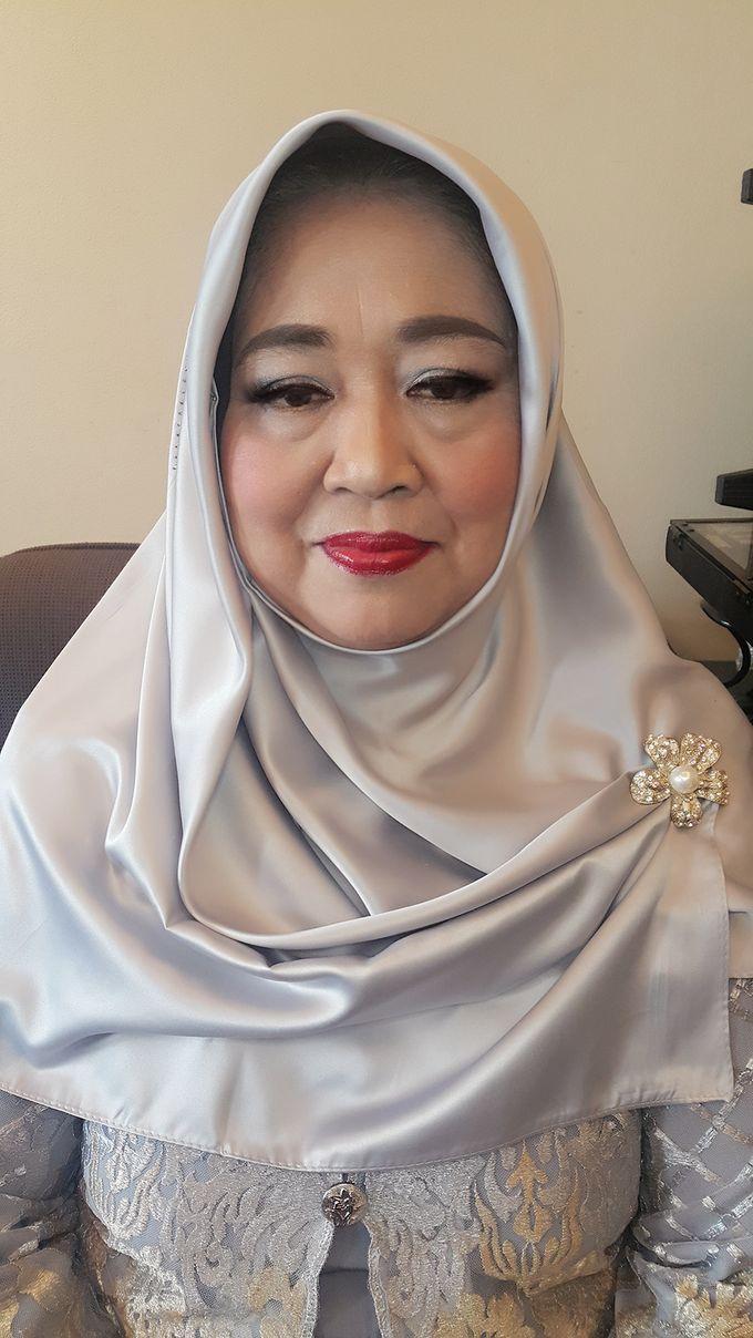 Mom Makeup by Kwin Makeup Artist - 005