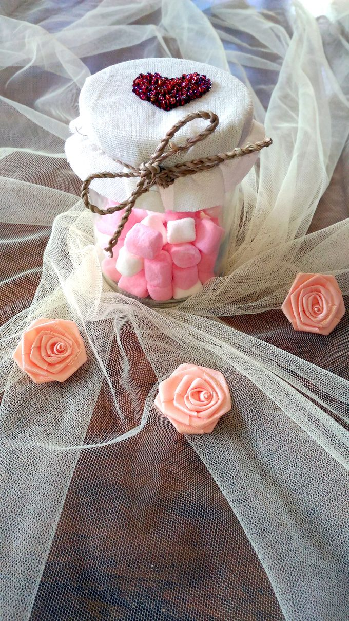 Sweet marshmallow by Uniquely Souvenirs - 001